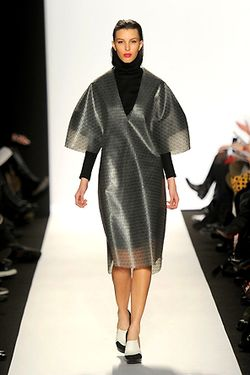 ACADEMY OF ART UNIVERSTIY FALL 2012 RUNWAY SHOT FARIDA KHAN