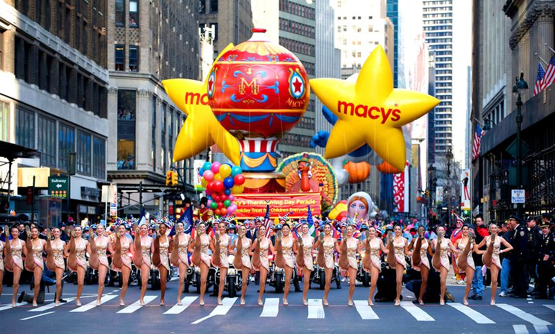 Opening-of-macys-thanksgiving-day-parade