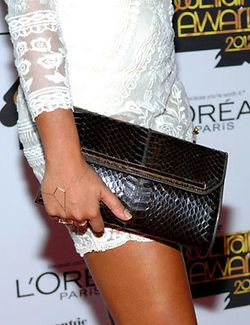 2012 SOUL TRAIN MUSIC AWARDS_ MELANIE FIONA_CLUTCH