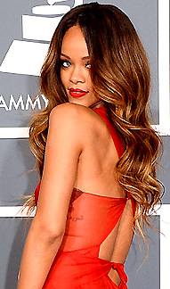 RIHANNA AT 2013 GRAMMYSjpg