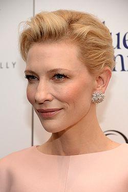 Cate Blanchett in Socrate