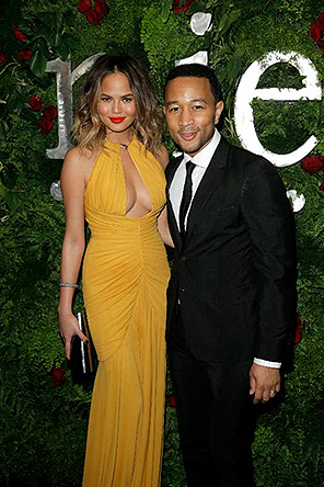 NIELSEN GRAMMY PARTY_CHRISSY TEIGEN & JOHN LEGEND