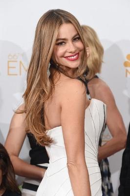 Sofia+Vergara+66th+Annual+Primetime+Emmy+Awards+dFIqIbc5Nfel (266x400)