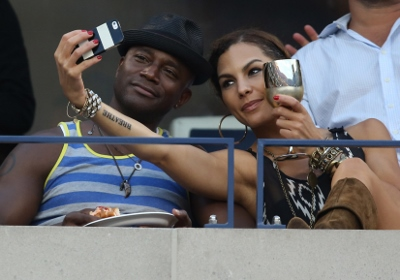 2914 US OPEN_TAYE DIGGS & GIRLFRIEND (400x280)
