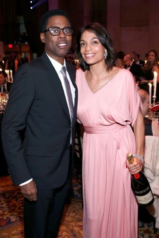 2015 AMFAR NYC_CHRIS ROCK & ROSARIO DAWSON (400x600)