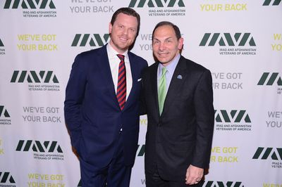 Willie Geist & Robert A McDonald (594x395)