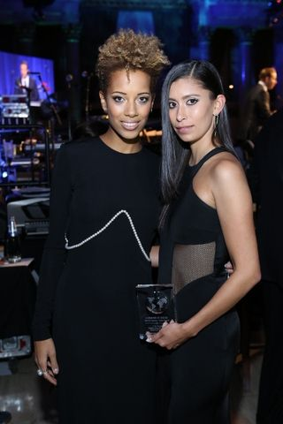 Carly Cushnie and Michelle Ochs (c) Rebecca Weiss Photography (400x600)