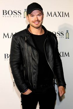 2015 Superbowl_The Maxim Party with HUGO BOSS Parfums _Kellan Lutz