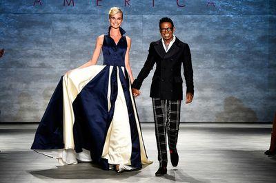 B+Michael+America+Runway+Mercedes+Benz+Fashion+HFNqqebank8l (594x395)
