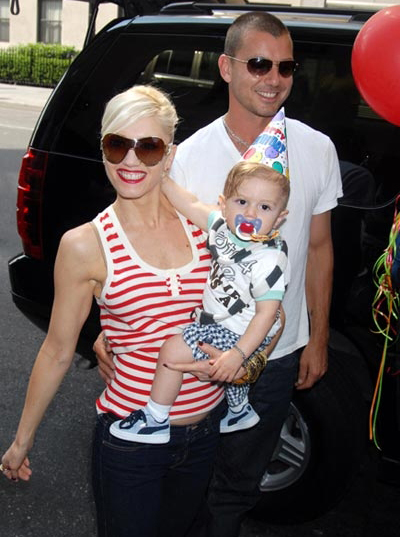 Singer Gwen Stefani is pregnant with baby number 2.